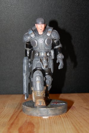 Marcus Fenix Statue Front